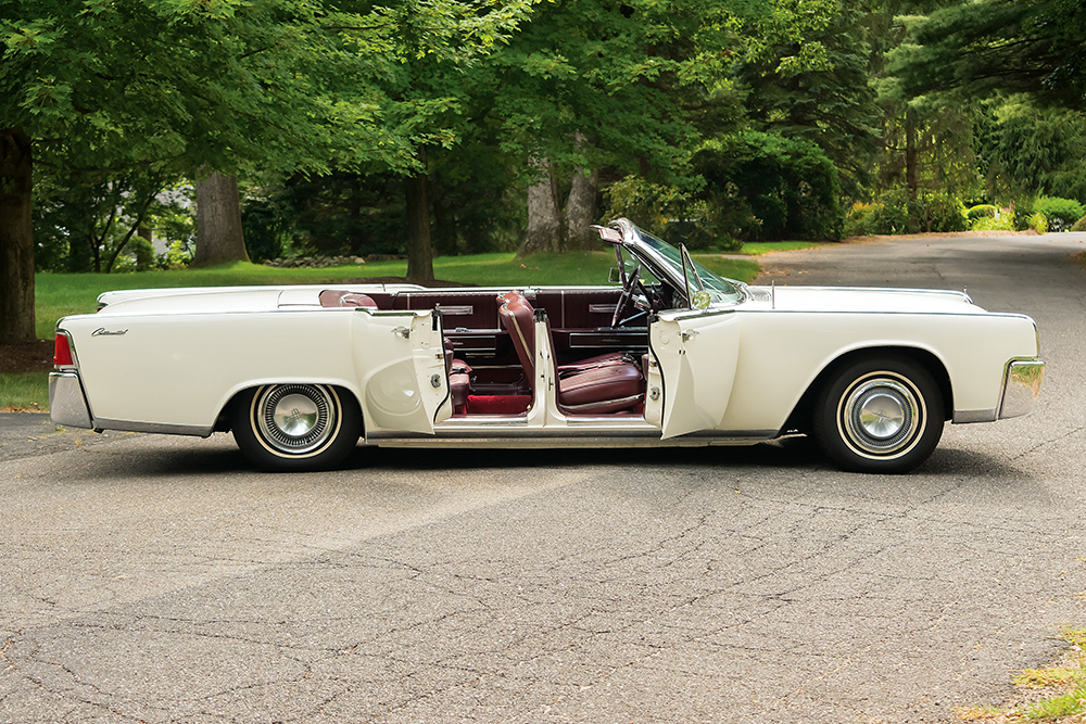 lincoln_continental_convertible_56