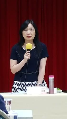 圖02.勞動部勞動條件及就業平等司長謝倩蒨主持公聽會