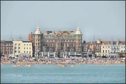 viewfromstonepierweymouth theroyalhotel thepierbandstand beachfront water waves sea skies