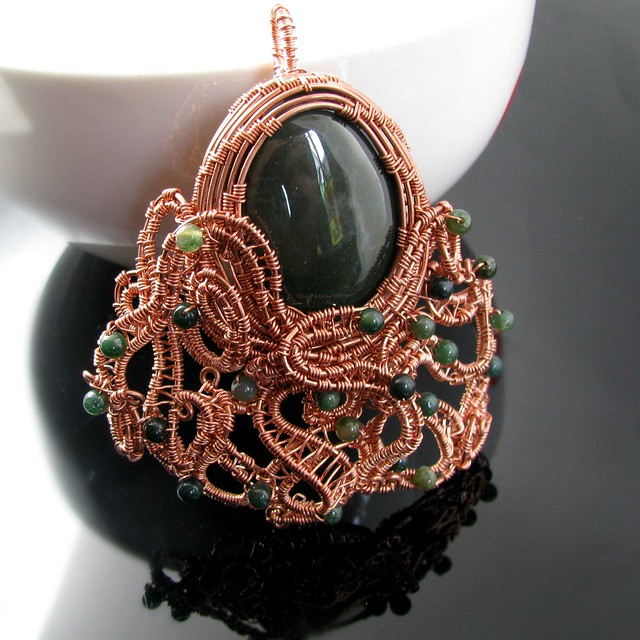 Octopus with moss agate