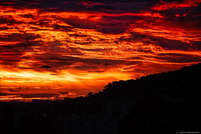 Coucher de soleil sur le Mont Faron à Toulon -3D0A5985