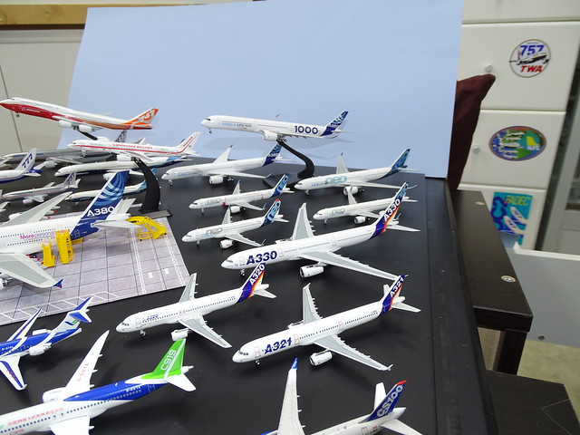 Airbus House Colours 1:400 Scale Model Airliner Fleet