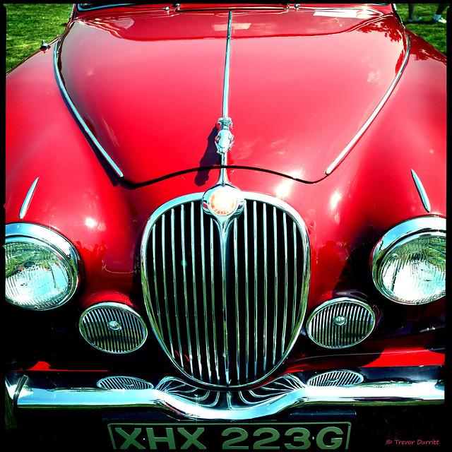Red Jaguar Mark II P1010072