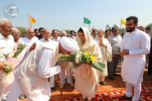 A flowery welcome by Rev Gobind Singh Ji, President SNM