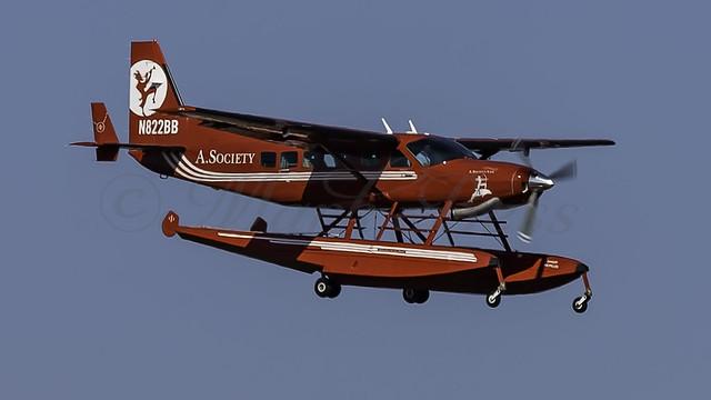 N822BB_JFK_Landing_22R_A_Society