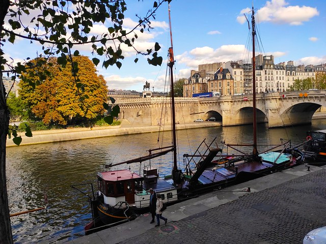Paris / View from Quai de Conti
