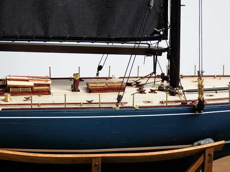 Endeavour 1934 - yacht J-class - 1:80 Amati - Page 4 48860051091_660b1d82a7_c