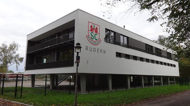 2017/19 Magdeburg hochwassersicheres Rudersport-Bootshaus des SCM an der Alten Elbe Seilerweg 23 in 39114 Rotehorn