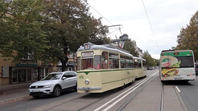 1966 Gotha-Triebwagen T2-62 von VEB Waggonbau Gotha/VEB Lokomotivbau Elektrotechnische Werke Hennigsdorf (LEW) MVB-Nr. 413 Halberstädter Straße in 39112 Magdeburg