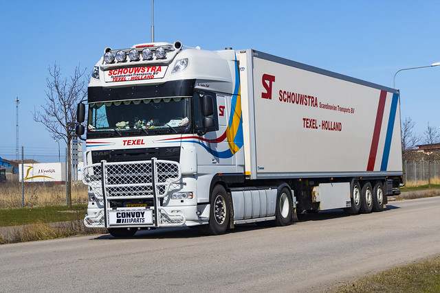 DAF XF 105.510 (The Northern Light) - Schouwstra Scandinavian Transports BV - Texel Holland - Convoy Parts sponsored