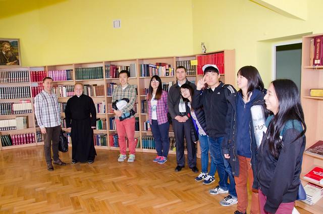 Ukraine-2015-05-10-Korean and Japanese Youth Bond with Ukraine through Service