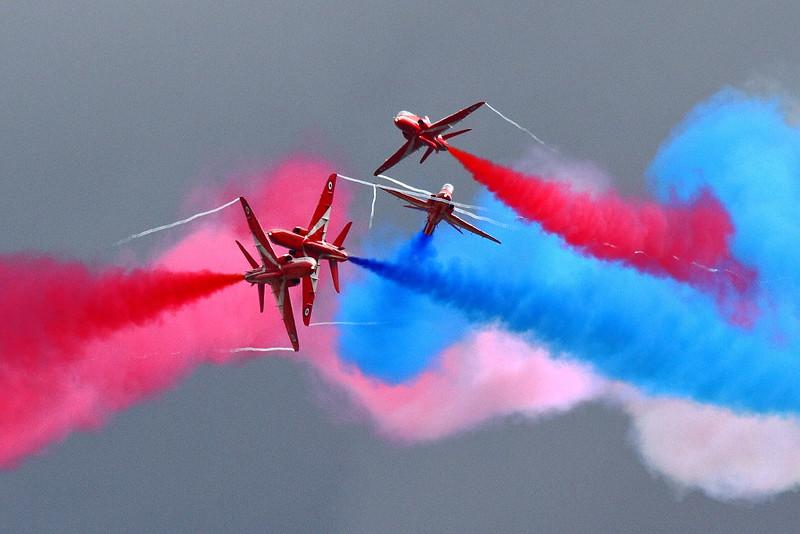 IMG_5090 Gypo Break of RAF Red Arrows