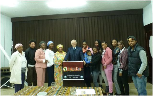 Ecuador-2015-05-25-Africa Day Observed in Ecuador