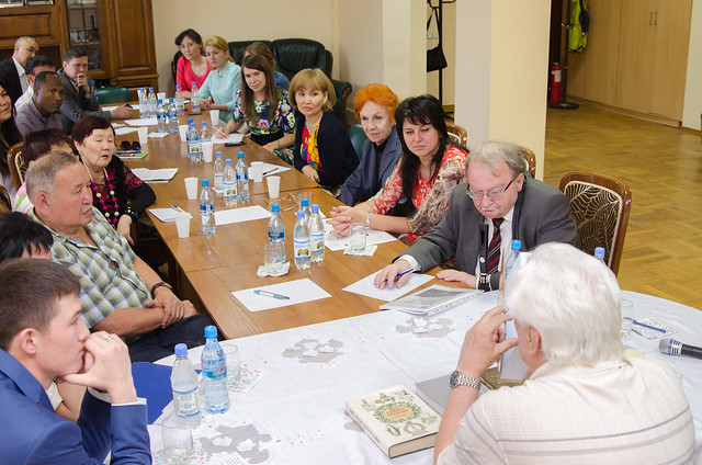 Kazakhstan-2015-05-27-Book of Founder's Thought Inspires Kazakhstan Academics