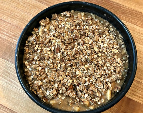 whole grain apple cake with crunchy oat topping