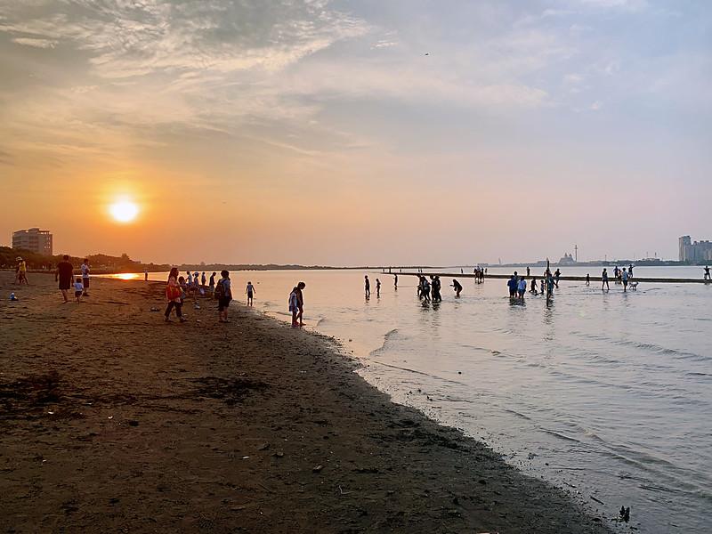 八里淡水一日遊,欣賞八里夕陽及八里沙雕