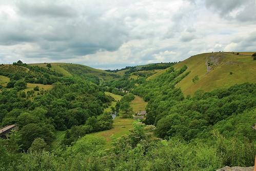 europe england derbyshire monsalhead outdoor landscape cloudysky trees nature beauty simplysuperb