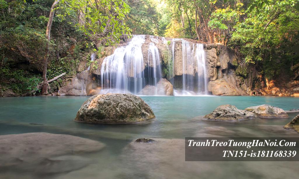 Phong canh dep thac nuoc yen tinh thu thai amia TN151-is181168339