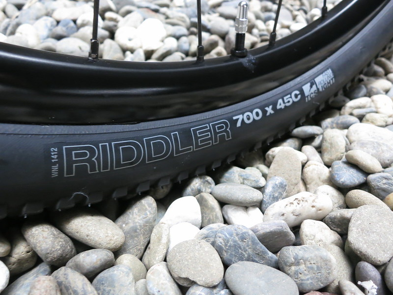 RLT9 Steel Grey Tire