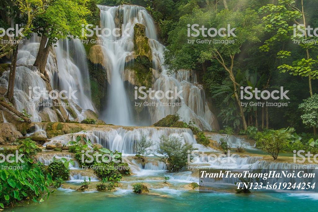 Hinh anh thac nuoc thien nhien dep TN123-is619244254-Tat Kuang Si Waterfalls at Laos