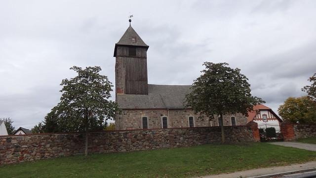 um 1246/55 Leuenberg Dorfkirche in Feldstein mit eingezogenem Chor B158 Berliner Straße in 16259