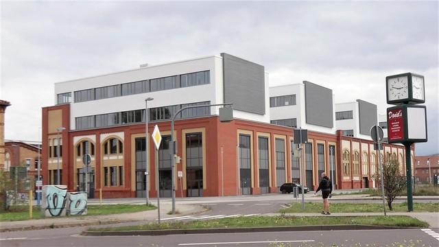 2018/21 Magdeburg Wohn- und Geschäftshaus Elbarkaden (ehemals E-Werk) von Friedhelm Ribbert/Ole Saalmann Otto-Hahn-Straße in 39106 Alte Neustadt