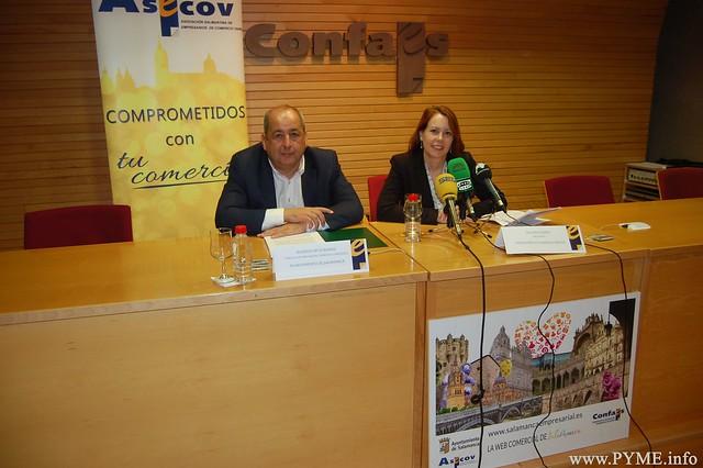 Imagen de la rueda de prensa de ASECOV y el Ayuntamiento de Salamanca para presentar las dos campañas comerciales conjuntas.
