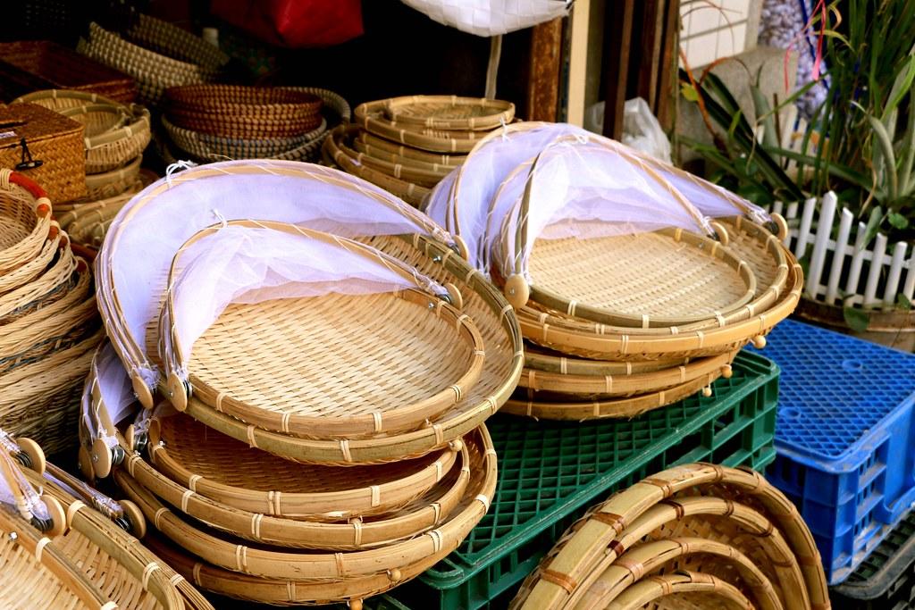 竹篩子是台灣人家裡常見的工具。(攝影/洪采姍)