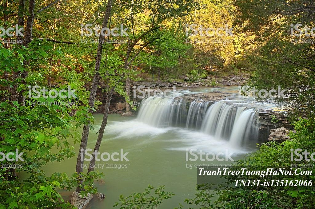 AmiA TN131-is135162066 với hình ảnh thác nước thiên nhiên đẹp