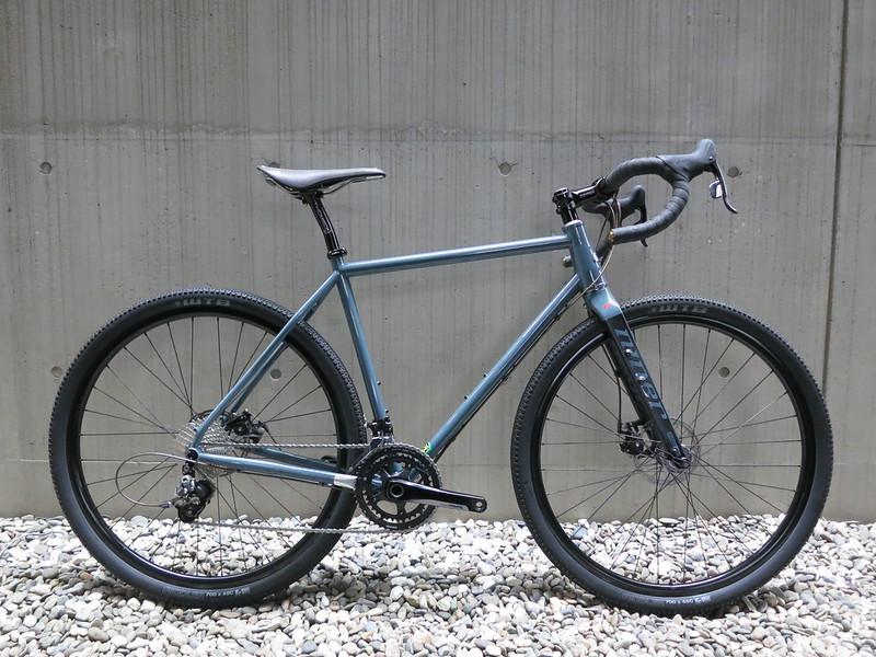 RLT9 Steel Grey