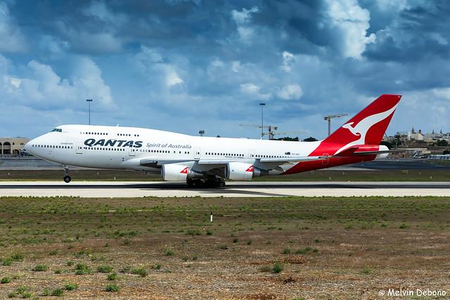 Qantas Boeing 747-438ER  |  VH-OEE  |  LMML