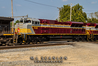 CP 7015 | EMD SD70ACu | CN Shelby Subdivision