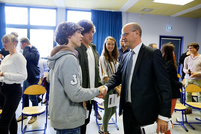 Réforme du lycée: déplacement au lycée Jérémie de la Rue à Charlieu