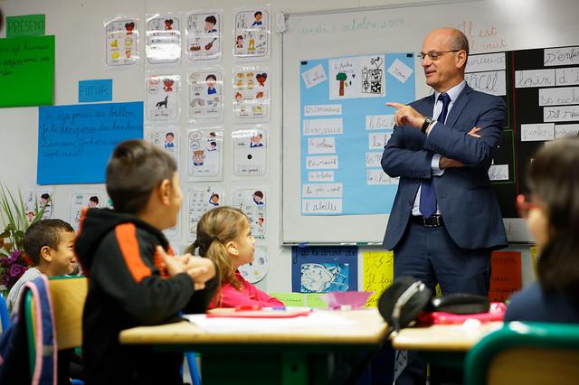 Classes dédoublées: déplacement à l'école primaire Bourgogne de Besançon