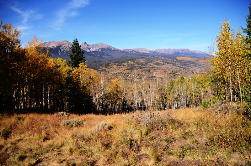 Looking west at Gore Range from Ptarmigan Peak Trail (1)