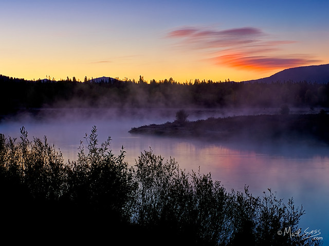 Fall sunrise along the Snake River in Grand Teton National Park, Wyoming.
