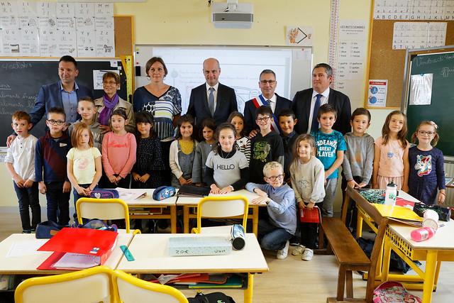 École rurale: déplacement à l'école élémentaire Montchal à Cottance