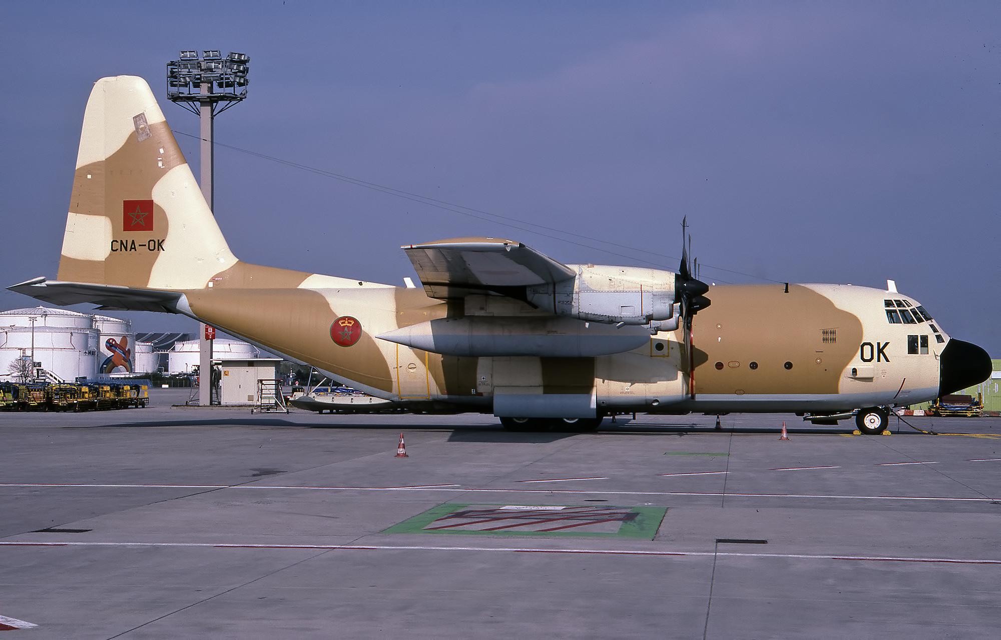 FRA: Photos d'avions de transport - Page 38 48865995682_987c0098d0_k