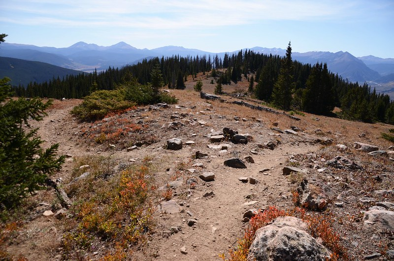 The ridge trail & slope trail junction on the Ptarmigan Peak Trail 2