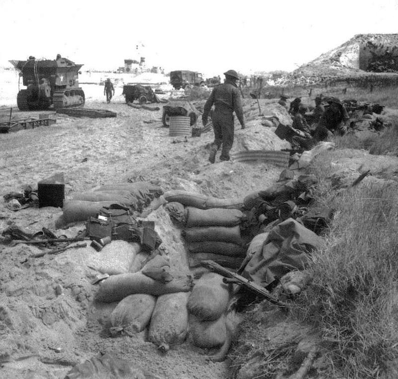 Caterpillar-D8-BARV-Sword-beach-19440607-iwm-B5180-1