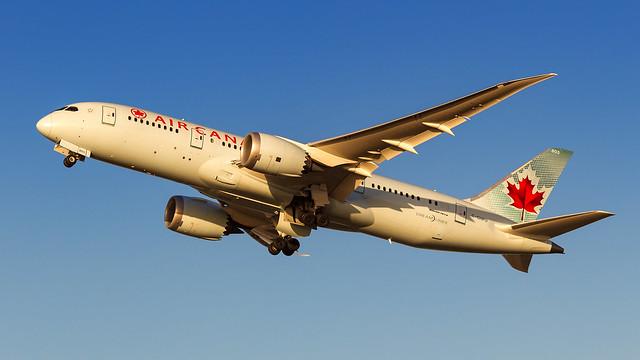 Air Canada Dreamliner.