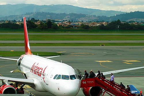 Avianca A319 embarque remoto en BOG (RD)