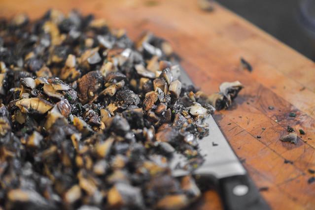 Herbed Mushroom Ricotta Toasts