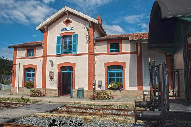 Estación  de Pontrieux (Francia) Garé Pontrieux- Pontrieux trainstation (France)