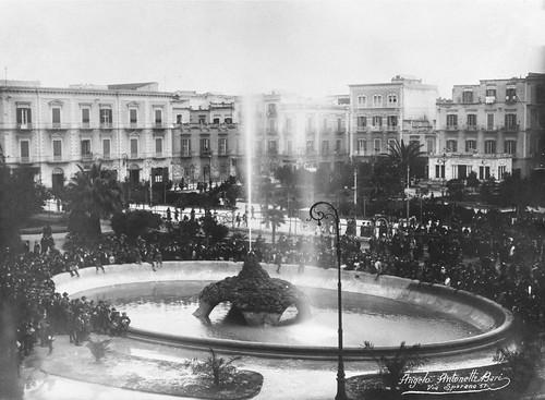 100 anni acqua pubblica