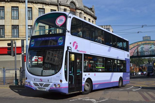 First South Yorkshire 37529 YN58ETY