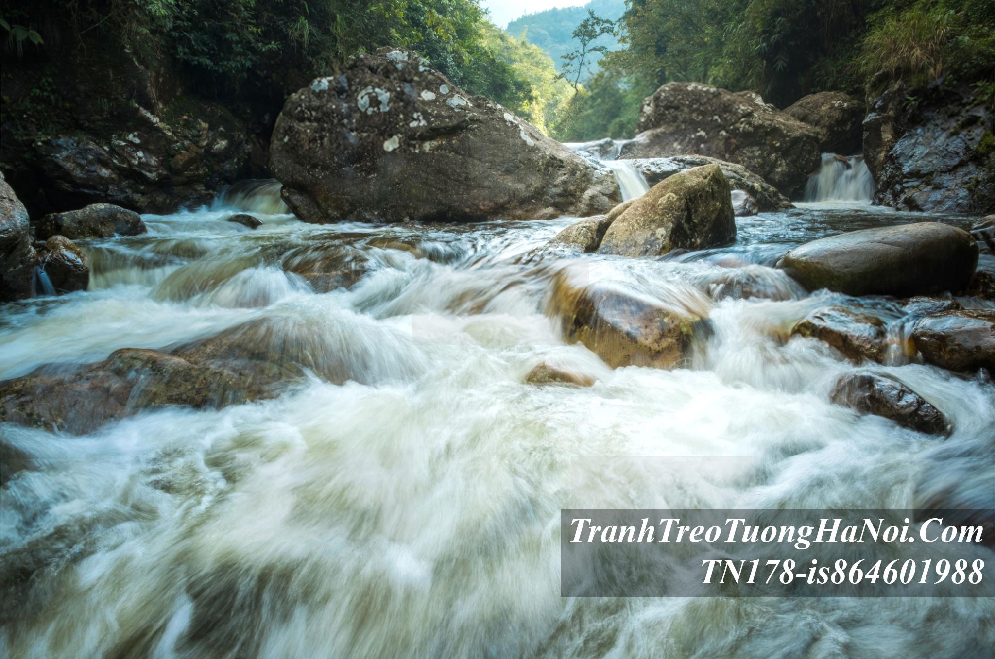 Tranh khe suoi dep o ban cat cat sa pa AmiA TN178-is864601988