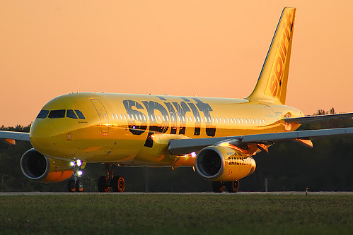 cle kcle cleveland hopkins spirit n695nk a320 airbus sunset
