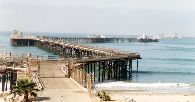 CA 086 Oil Dock on the Pacific Coast