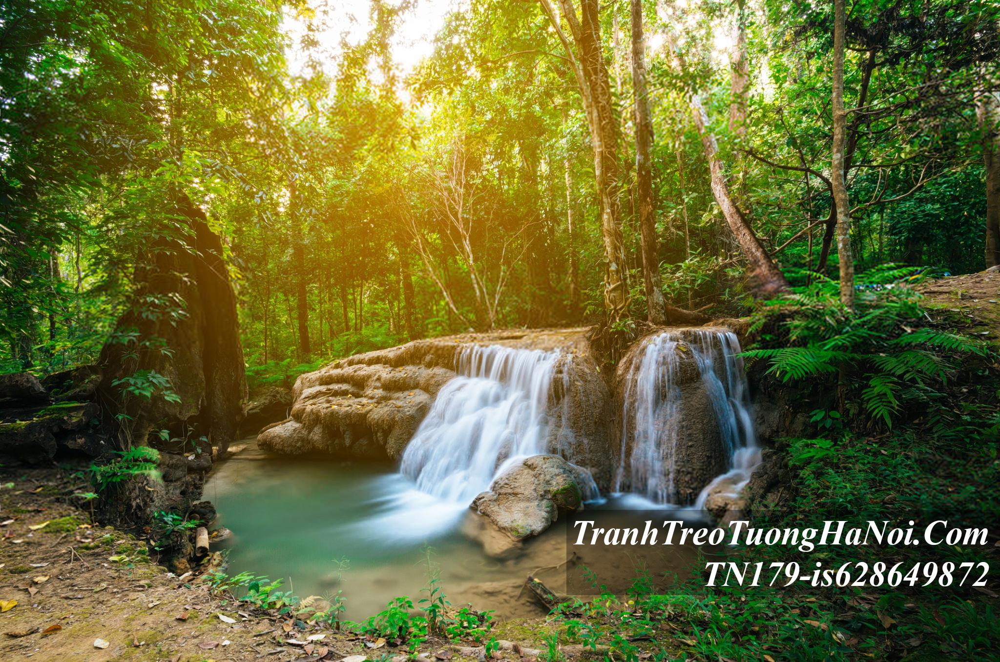 Thac nuoc chay thanh khe suoi o thai lan TN179-is628649872